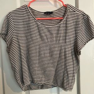 2/$15 ✨ Striped Cropped Tee